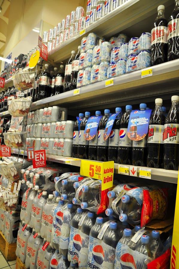 Napoje w supermarkecie fotografia stock