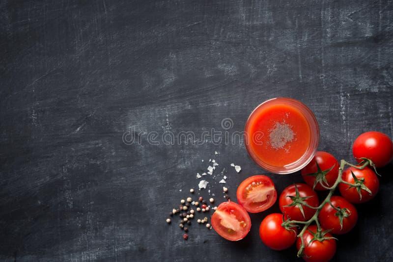 Napoju świeży Pomidorowy sok fotografia royalty free