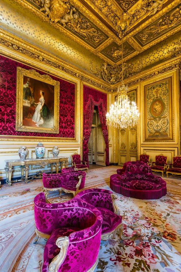 Napoleon IIIS lägenhet på Louvremuseet royaltyfri bild