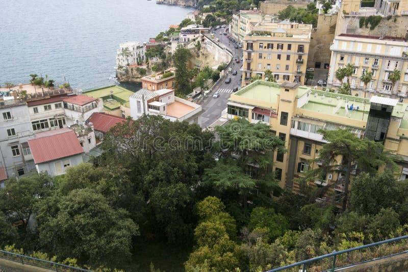 NAPOLI, ΙΤΑΛΊΑ - 5 ΣΕΠΤΕΜΒΡΊΟΥ 2016 Κόλπος της Νάπολης το φθινόπωρο στοκ φωτογραφία με δικαίωμα ελεύθερης χρήσης
