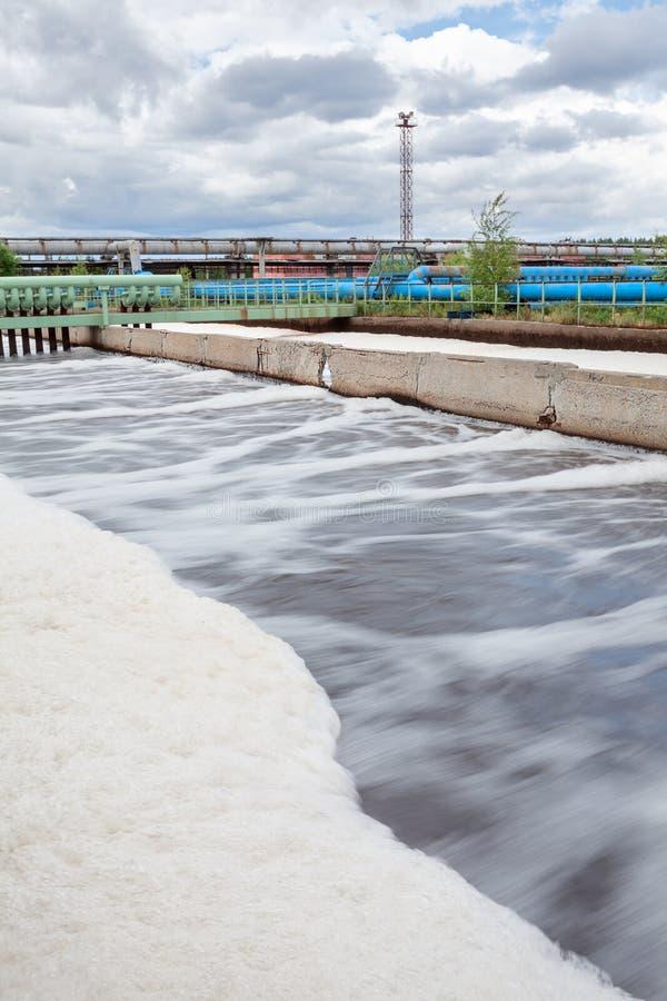 Napowietrzenie pojemność dla wody w wastewater zakładzie przeróbki obraz stock