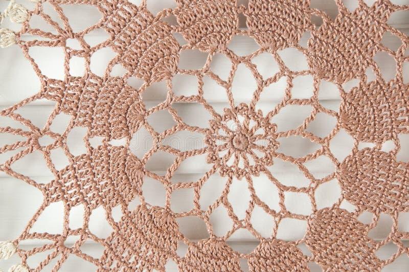 Napperon brun beige de crochet photo libre de droits