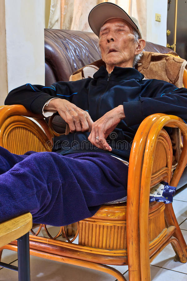 Download The Napping Chinese Elderly Stock Image - Image: 23993573
