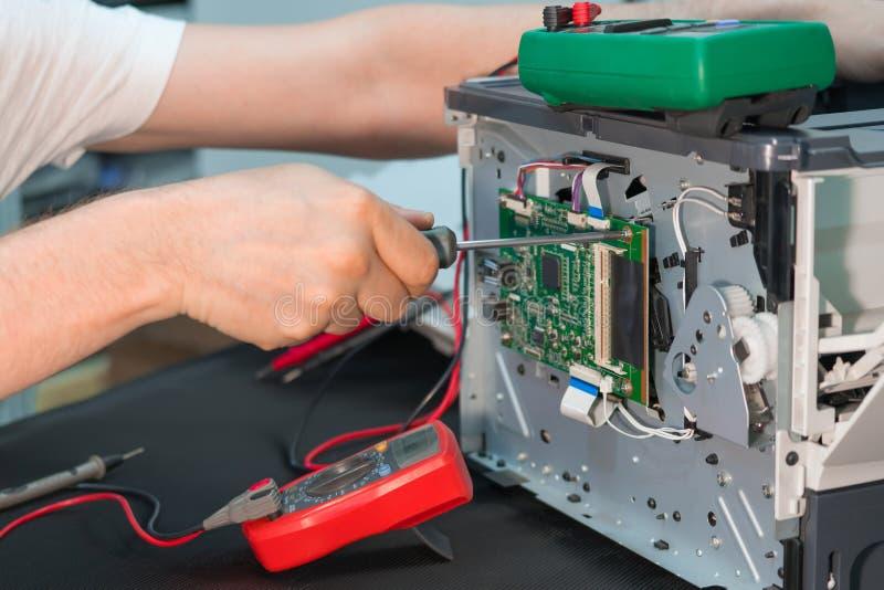 Naprawa drukarka laserowa Demontaż drukowy wyposażenie zdjęcia royalty free