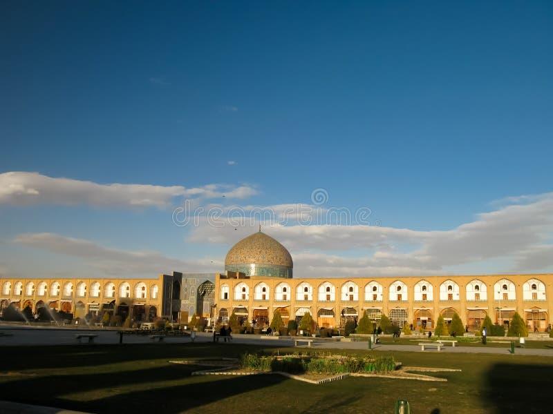 Naqsh-e Jahan fyrkant och Sheikh Lotfollah Mosque, Esfahan arkivfoton