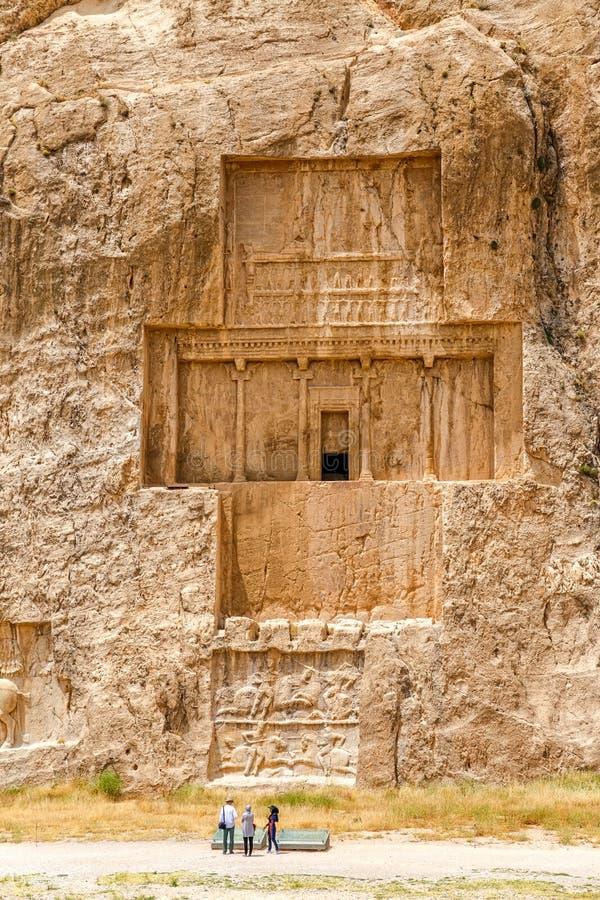 Naqsh-e Rustam forntida nekropol royaltyfri foto