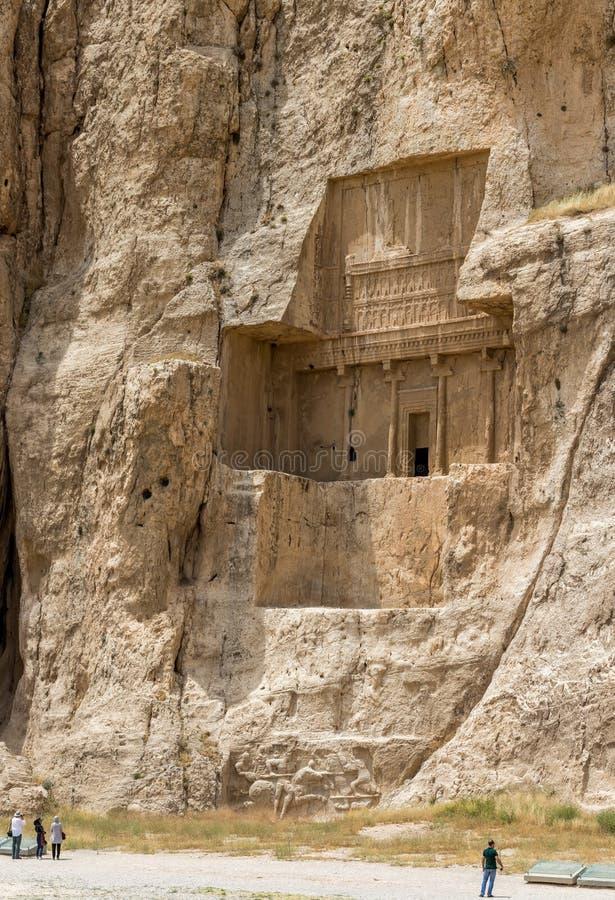 Naqsh-e Rustam nekropol royaltyfri bild