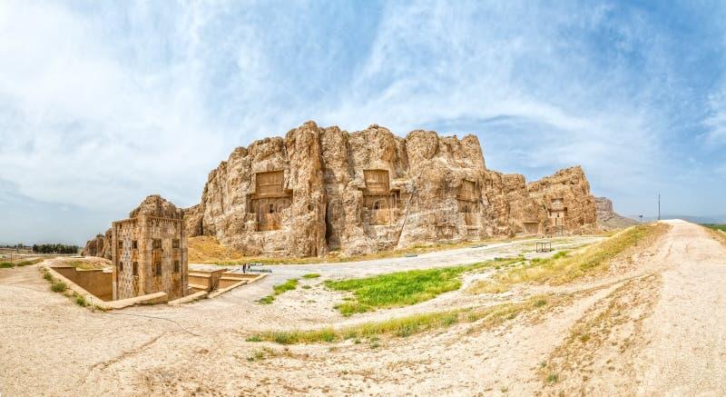 Naqsh-e Rustam Panorama royaltyfria bilder