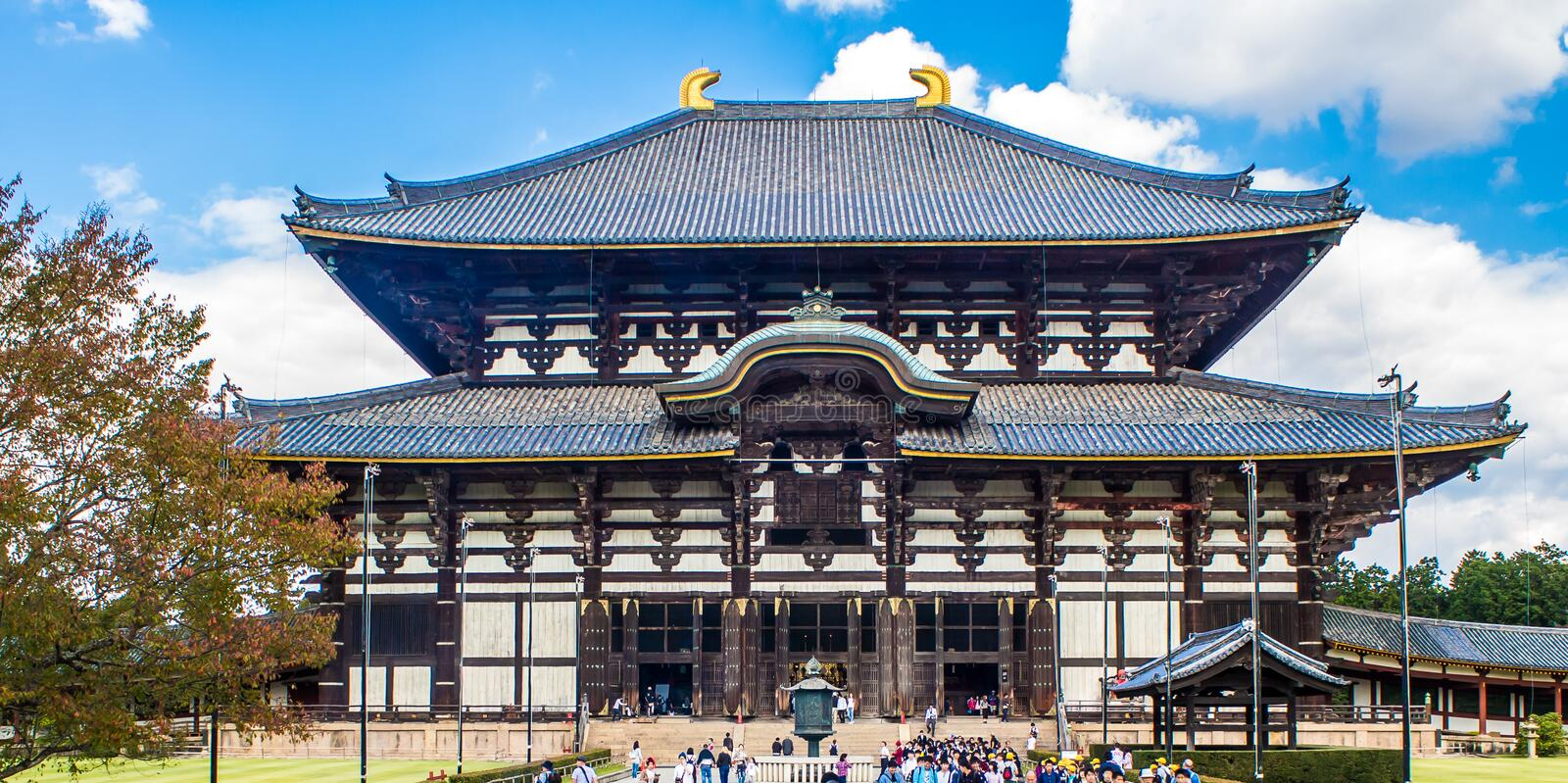 NARA, JAPON - 13 OCTOBRE 2015 : Grand Bouddha Hall chez le Todaiji photographie stock