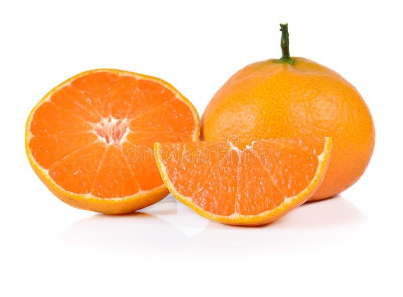 Naranja aislada en el fondo blanco imagen de archivo
