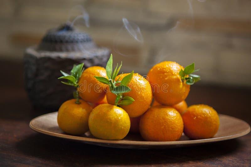 Naranja dulce, festival de primavera chino, gracias al tributo, suerte grande de la ji de Fu, imagen de archivo