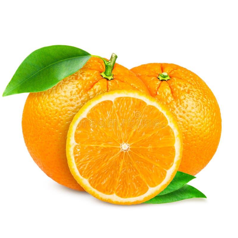 Naranja fresca aislada en el fondo blanco imagen de archivo libre de regalías