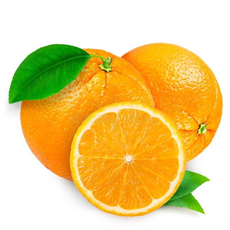 Naranja fresca aislada en el fondo blanco fotos de archivo