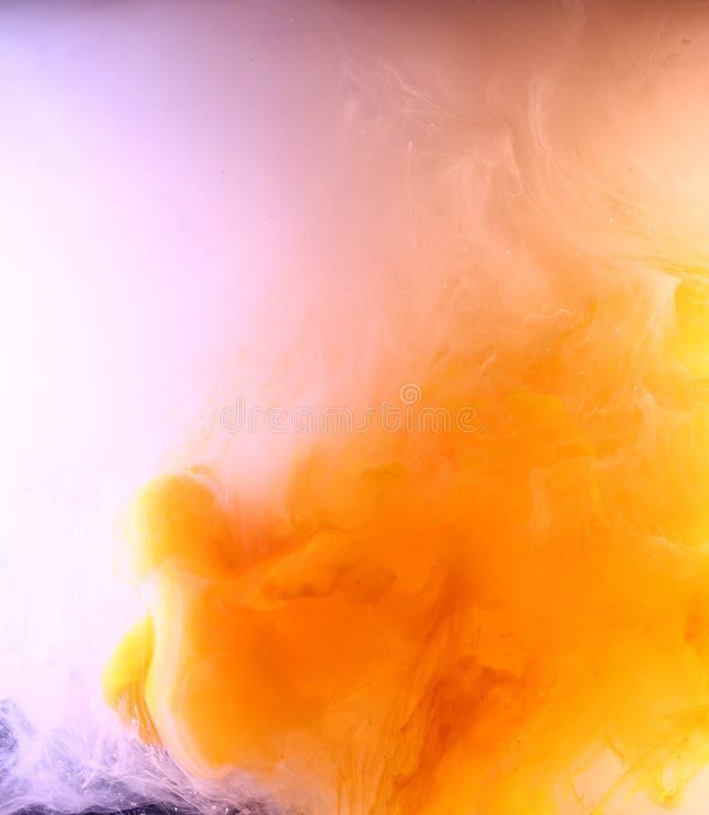 Naranja y nube color de rosa de la pintura foto de archivo libre de regalías