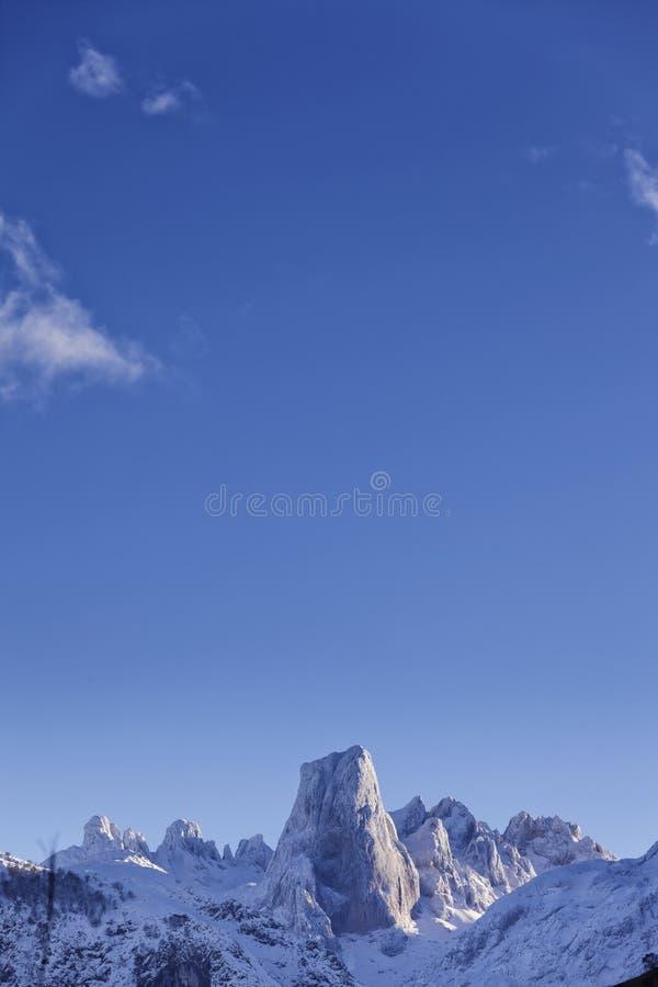 Naranjo DE Bulnes in het Nationale Park van Picos DE Europa stock afbeeldingen