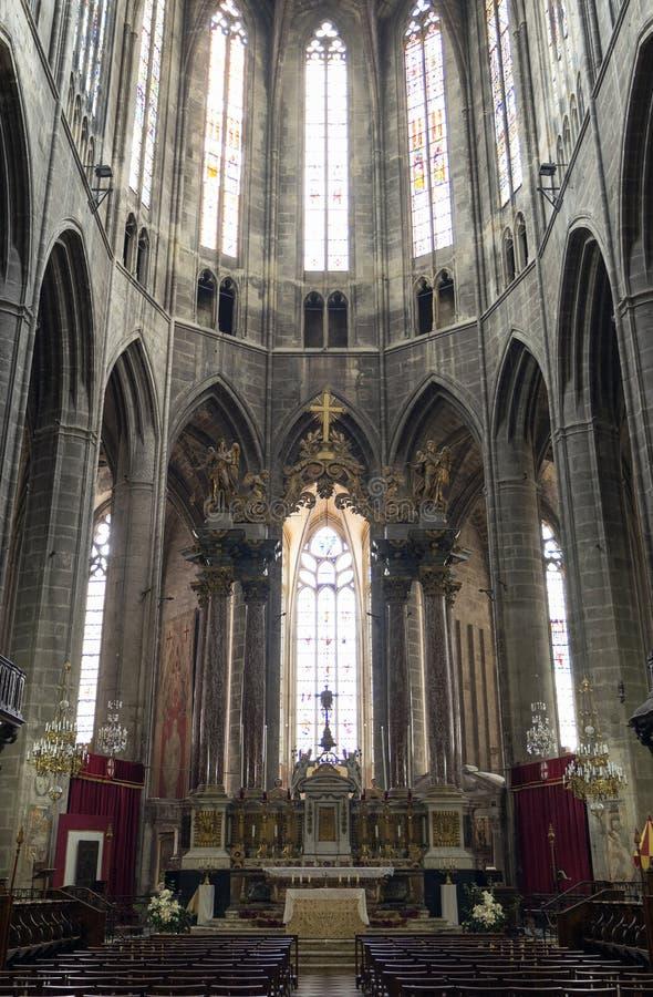 Narbonne (France), intérieur de cathédrale photos libres de droits