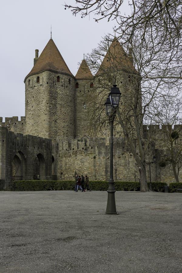 Narbonne port, Carcassonne, Frankrike, 24th Februari 2018 fotografering för bildbyråer