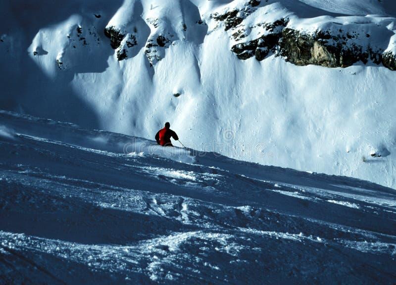 Download Narciarka zdjęcie stock. Obraz złożonej z mężczyzna, śnieg - 92138