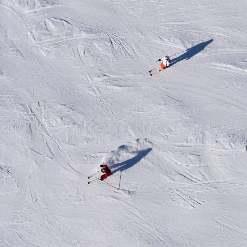 Narciarki narciarstwo, odgórny widok zdjęcie royalty free
