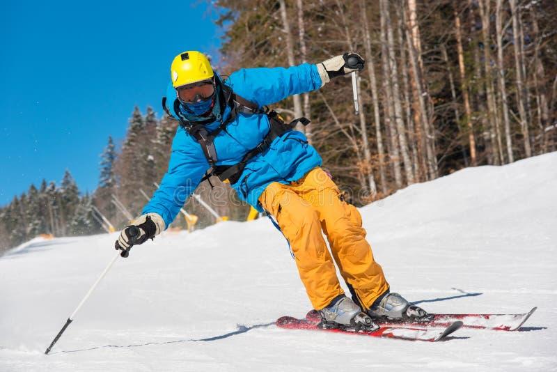 Narciarki narciarstwo w górach zdjęcia royalty free