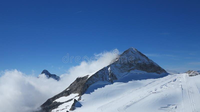 Narciarski przemysł i Alps zdjęcie stock