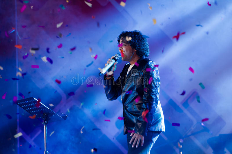 Naresh Iyer performing on stage. Naresh Iyer, a popular Indian singer performing on stage stock photo