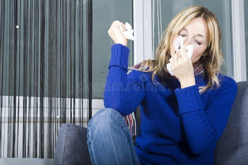 Download Nariz de sopro foto de stock. Imagem de influenza, germes - 12803826