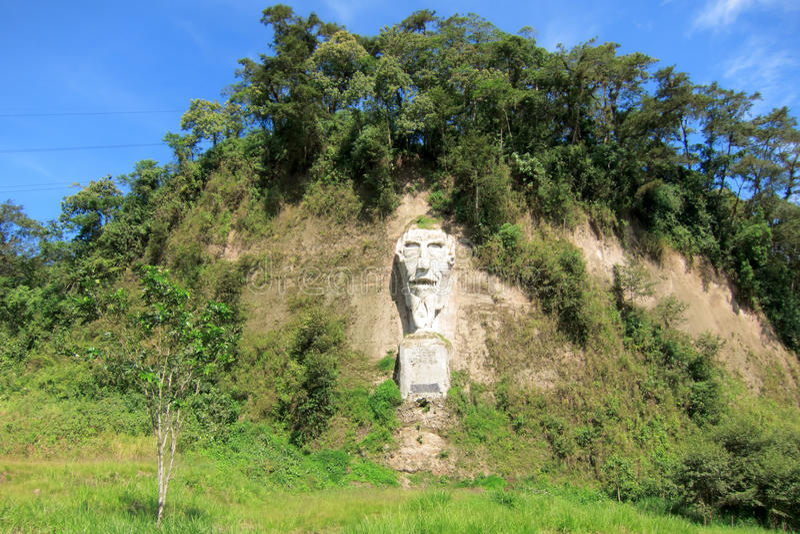 Nariz del diablo op de kustweg in Ecuador stock afbeeldingen