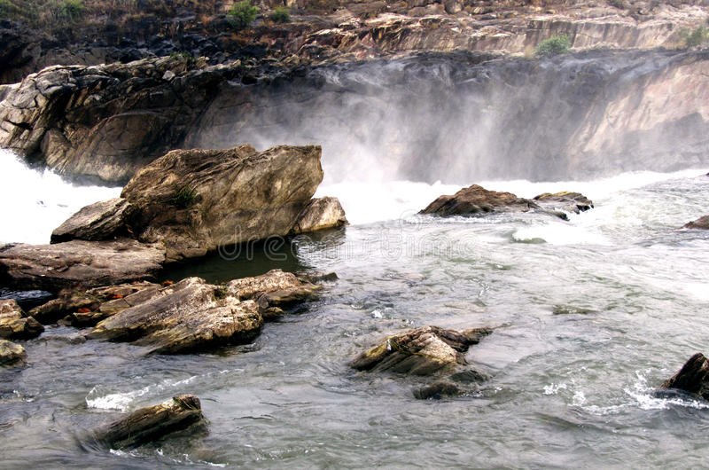 Narmada河瀑布,贾巴尔普尔印度 免版税库存照片