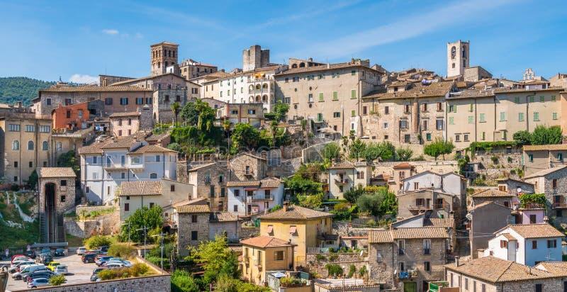 Narni, древний город в провинции Terni Умбрия, центральная Италия стоковая фотография rf