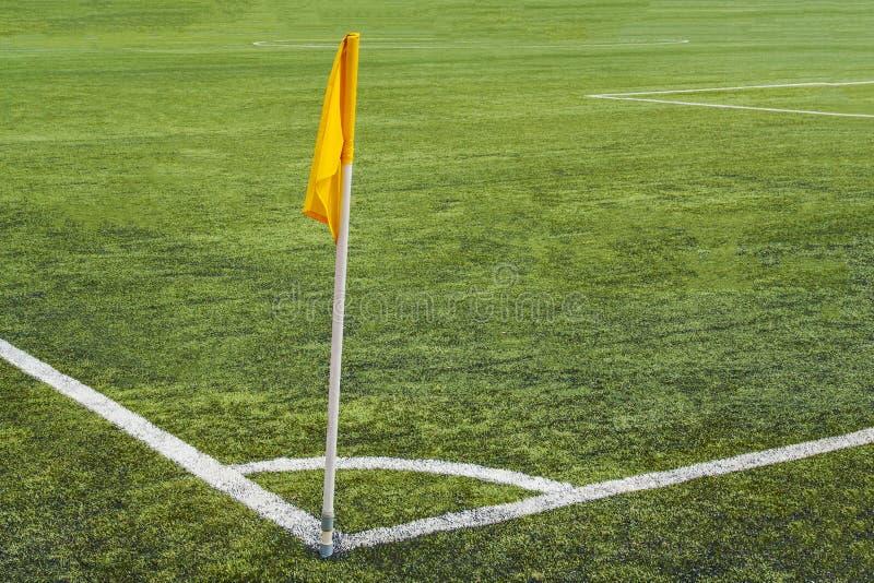Narożnikowa flaga na boisku piłkarskim obrazy stock