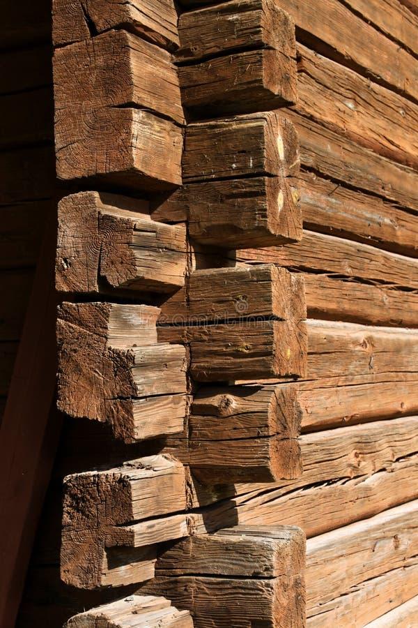 narożnikowej domowej beli stary drewniany obrazy stock