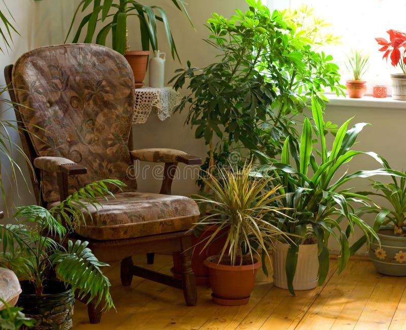 narożny dom wygodnie. zdjęcie stock
