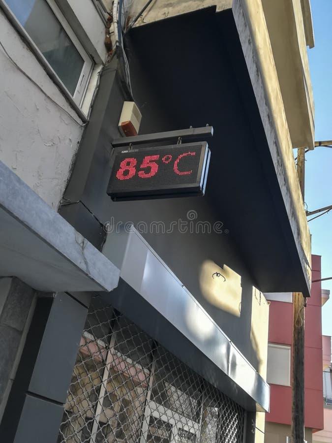 Narosła miasto temperatura zdjęcie royalty free