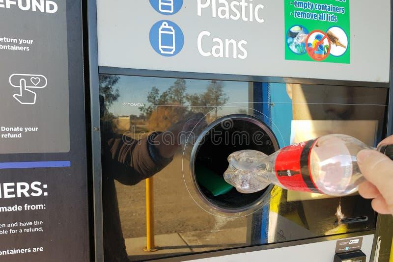 NARRABRI, NSW/AUSTRALIA 10 JUNI, 2019: De terugkeer en verdient Recycling royalty-vrije stock fotografie