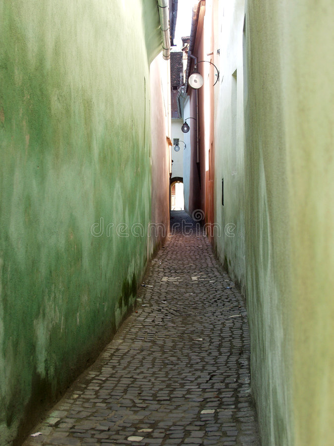 Free Narrow Passage Stock Photography - 1473212