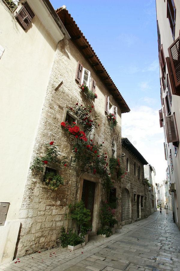 Narrow quaint alleyway