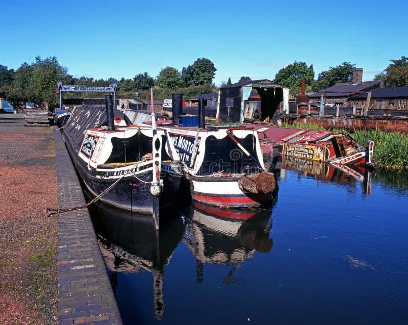 Narrowboats sur le canal, Dudley photo libre de droits