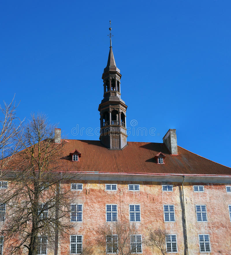 Narva Estland Alte Stadt Hall Building und Quadrat lizenzfreies stockbild