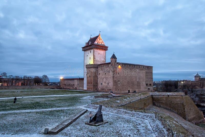 Narva estonia Hermann Castle arkivfoto