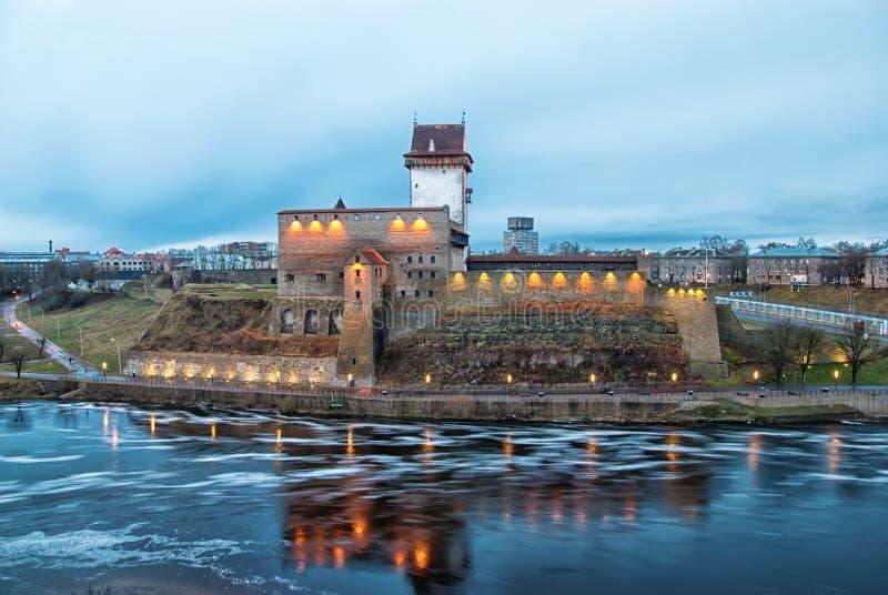Narva estonia Hermann Castle royaltyfria foton