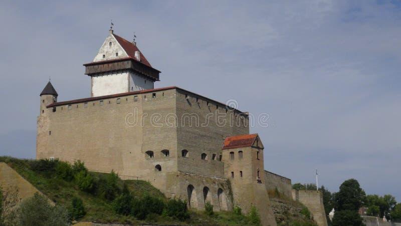 Narva Schloss lizenzfreie stockbilder