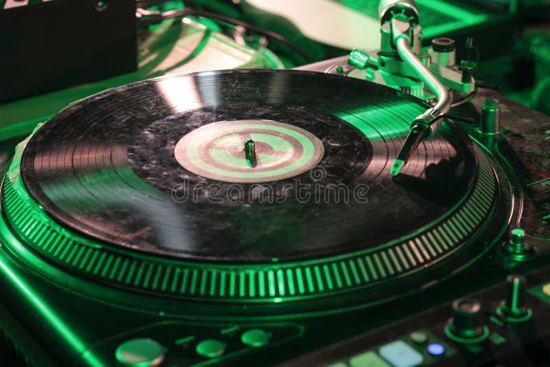 Narys miesza DJ dla hip hop muzyki obrazy stock
