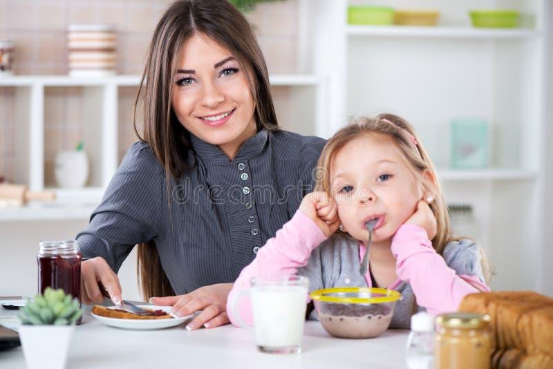Narządzania śniadanie fotografia stock