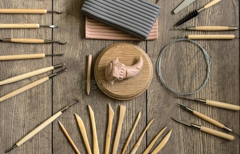 Narzędzia dla sculpting Rzeźbiarza ` s workspace obraz stock