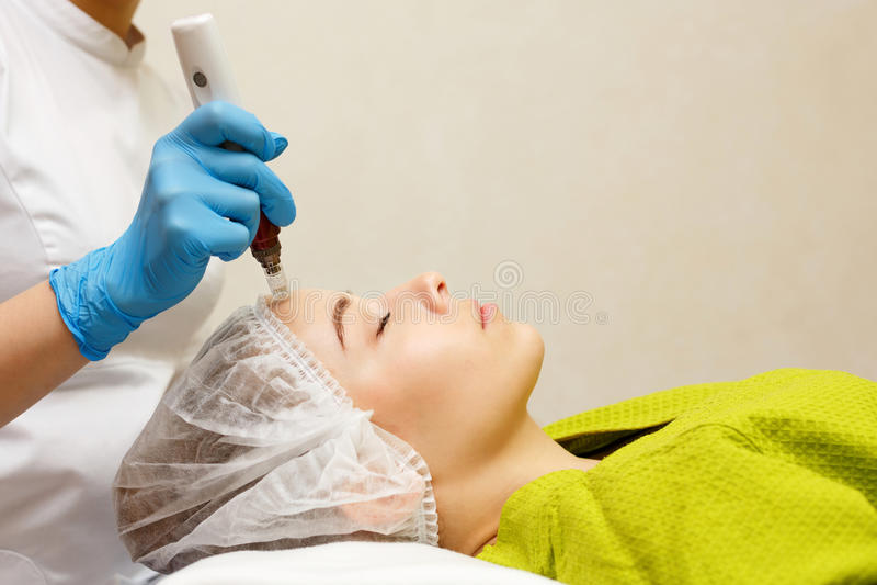 Narzędzia kosmetologia Mesotherapy obraz stock