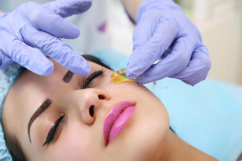 Narzędzia kosmetologia piękno salon zdjęcia stock