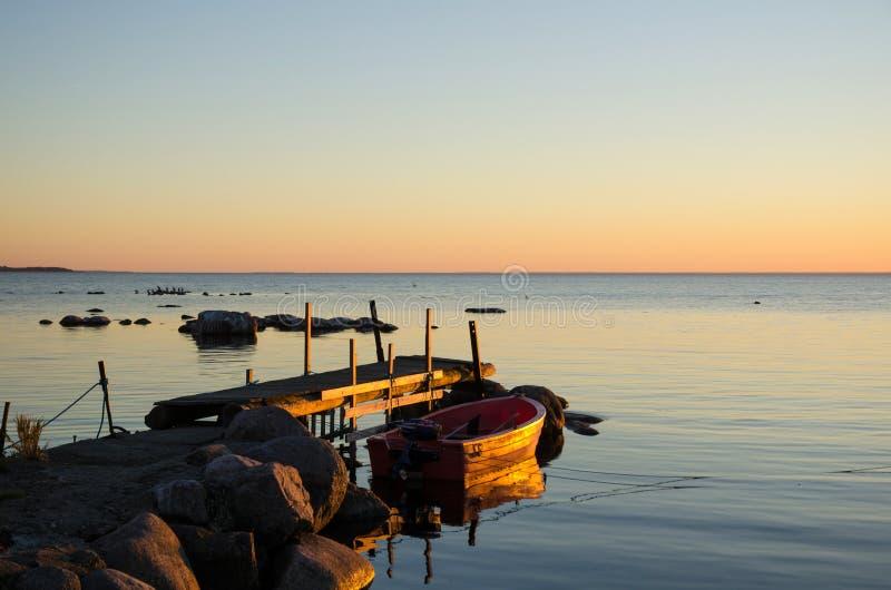Nasłoneczniony stary jetty zdjęcia royalty free