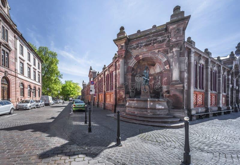 Nas ruas de Colmar foto de stock royalty free