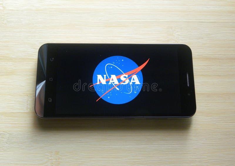 NASA en el teléfono móvil fotografía de archivo